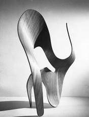 6.6.a.04.molded_plywood_sculpture_1.jpg